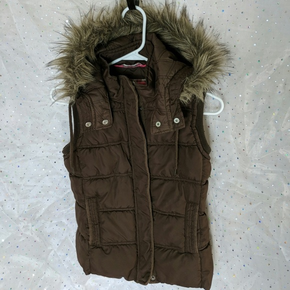Aeropostale Jackets & Blazers - AEROPOSTALE Brown Puffer Vest Fur Hood